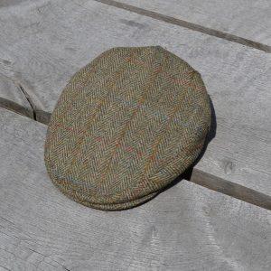 Harris Tweed Flat Cap Olive Koedoe & Co top